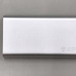 モバイルバッテリー TPB12P3L バッテリー容量:10000mAh 本体重量:228g サイズ:縦124.5mm×横68.2mm×厚み16.5mm 出力電圧:5V/2A